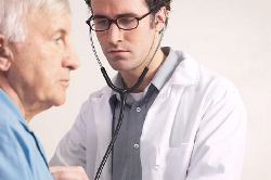 new2_Doctor examining elderly patient uid 1344367.jpg