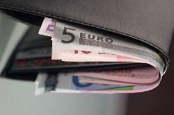 new10_Euro bills in black leather wallet.jpg