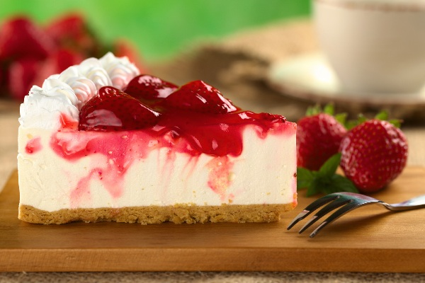 images_6_Strawberry-Cheesecake-with-Strawberry-Syrup.jpg