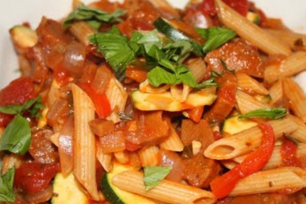 images_11_ww-penne-tomato-pepper-zucchini-and-italian-sausage-reduced.jpg