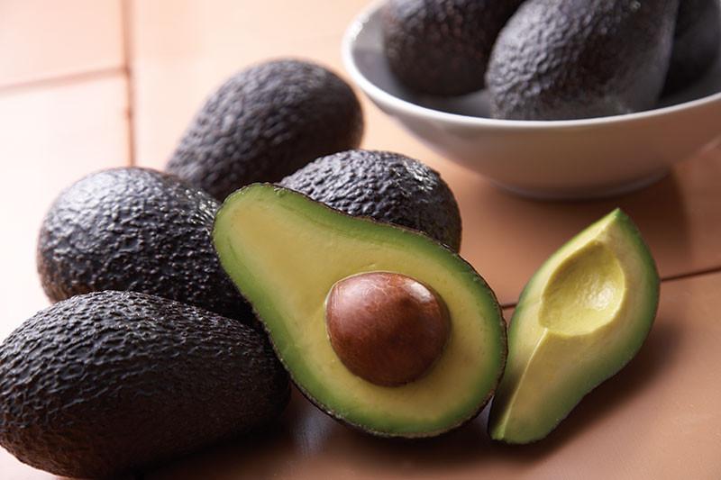 images_avocado_lows_cholesterol.jpg