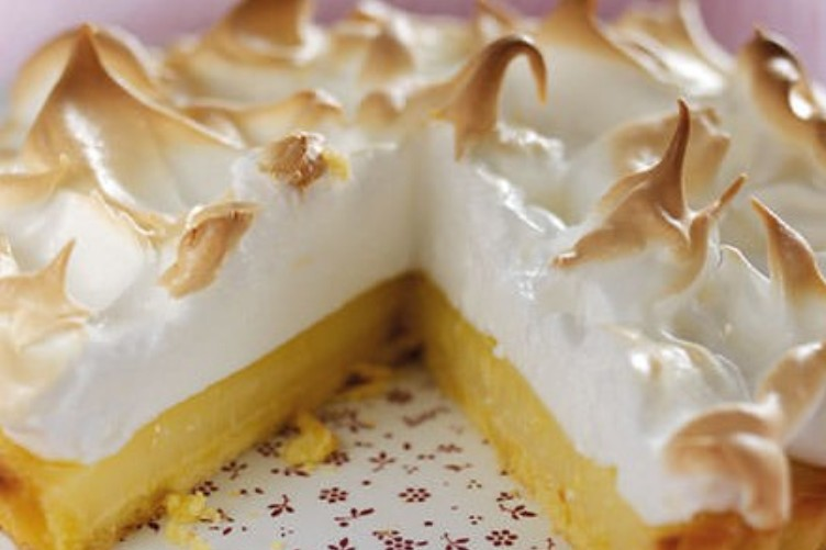 images_15_09-01-Trex-lemon-meringue-pie-Lets-Bake-recipe-book_450x450-450x350.jpg
