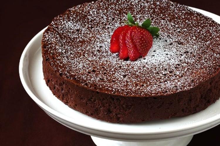 images_16_flourless-chocolate-cake-565x350.jpg