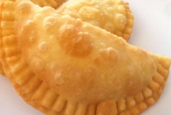 images_22_Cheese-Pies-from-Milos-Pitarakia-Milou-1024x721-638x350.jpg