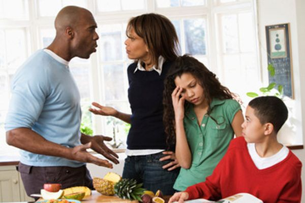 images_5-things-to-know-family-fights-360x240.jpg