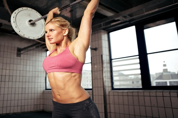 images_woman-lifting-weights.jpg