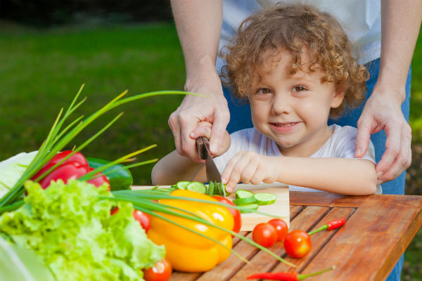 images_boy_veggies_cutting_cooking_mom_parent_learning_helping_pic.jpg