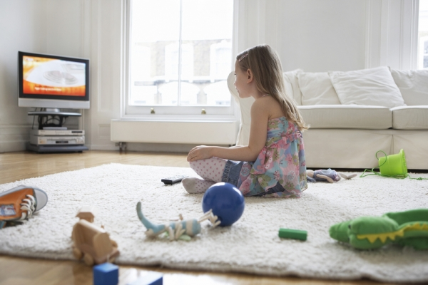 images_child-watching-tv.jpeg