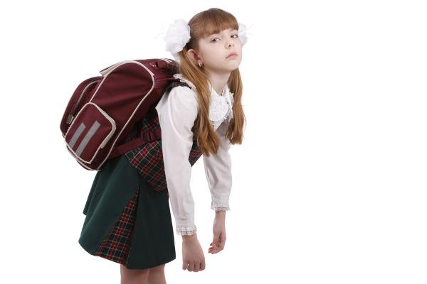 images_schoolbagcarrying.jpg