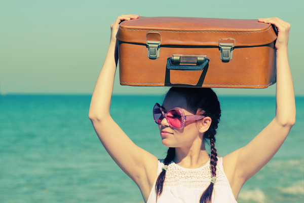 images_Woman-with-suitcase.jpg