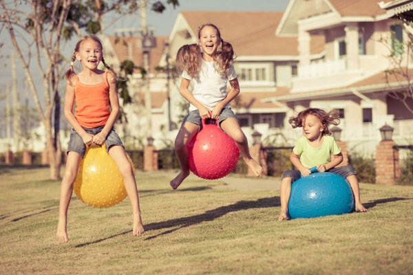 images_kids_exercise_playing_in.jpg