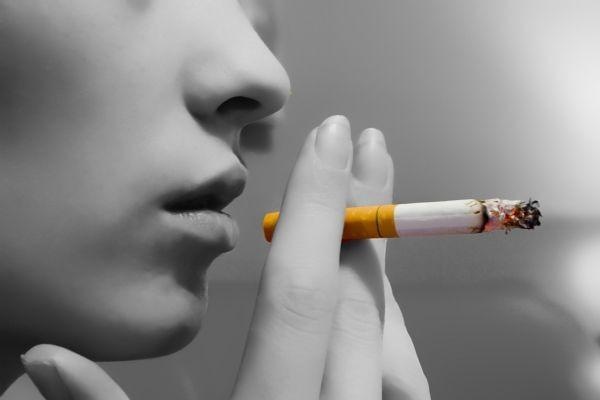 images_1Lady-Smoking.jpg