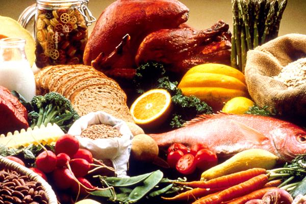images_1healthy-food-table.jpg