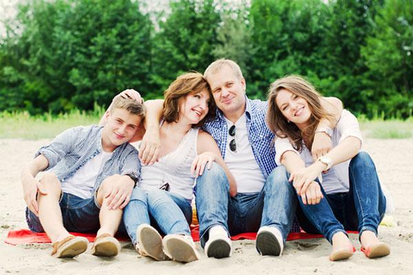 images_0aaaaaaa3family.jpg