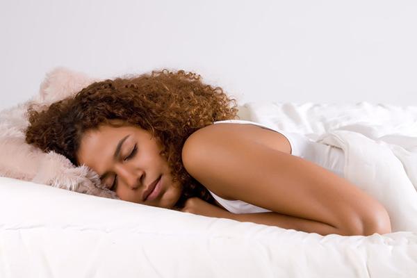 images_18112016_Black-woman-sleeping.jpg