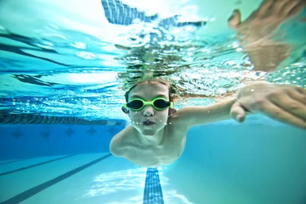 images_3112016_swim.jpg