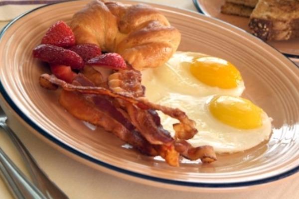 images_19122016_eggs-bacon-avga-09.jpg