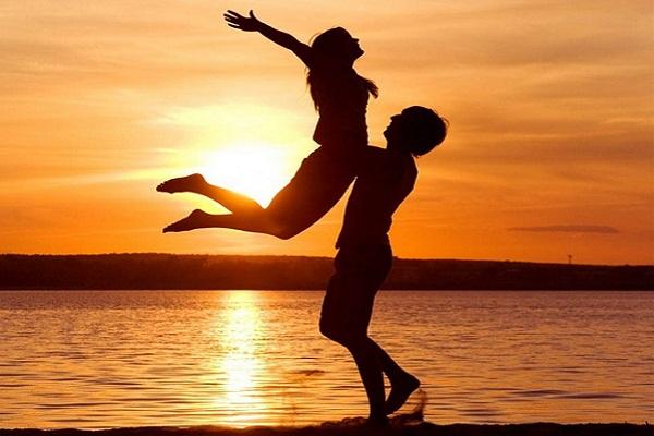 images_9122016_Surprising-Health-Benefits-of-Love-2.jpg