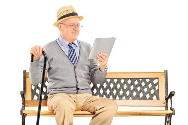 images_1212017_Pensioner-tablet-600x400.jpg