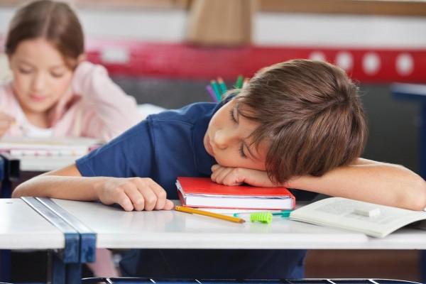 images_2312017_2_sleeping-kid-school-med-600x400.jpg