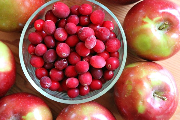 images_2812017_Apple-Cranberry-Pie-2.jpg