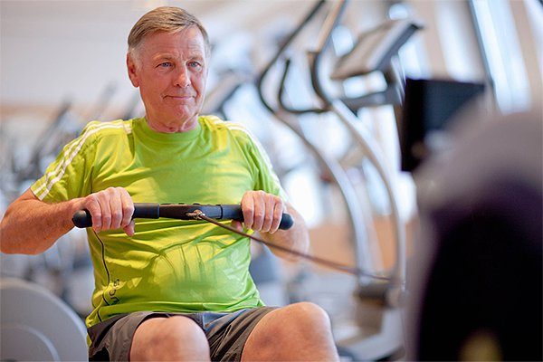 images_3112017_ch-image2-senior_man_exercising_on_rowin-zoomed.jpg