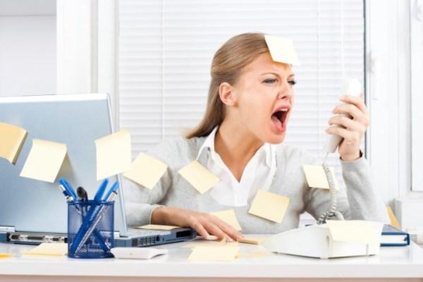 images_312017_stress-agxos-office-grafeio.jpg