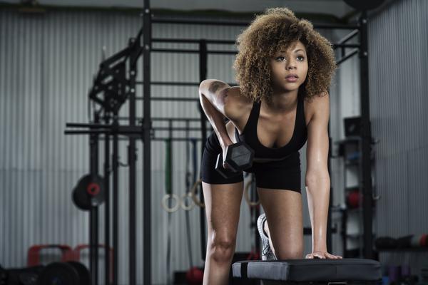 images_1422017_Girl_Weightlifting_grande.jpg