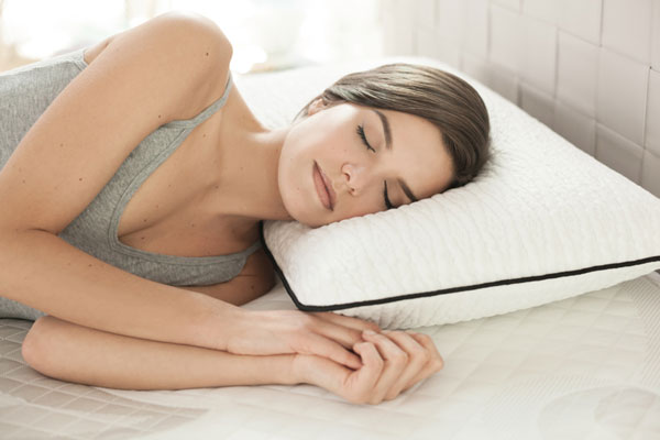 images_1422017_Sleep-On-Pillow-01.jpg