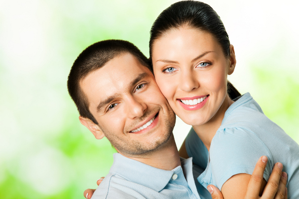images_1622017_happy-couple.jpg