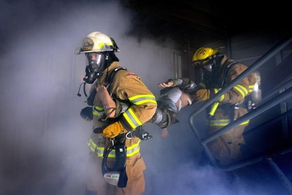 images_2632017_firemen_firefighter_fire_222471.jpg