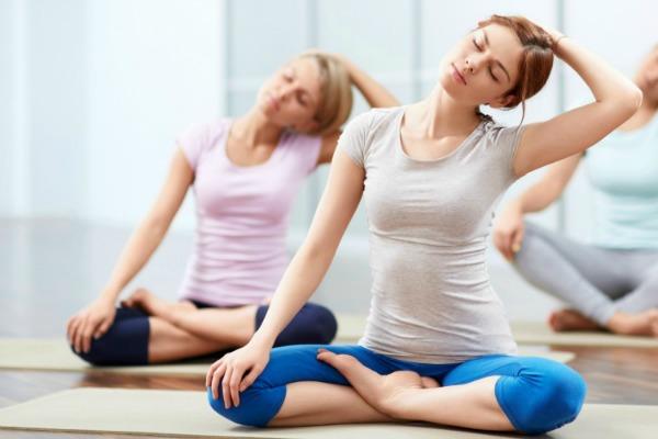 images_3132017_2_yoga-200-hr-training.jpg
