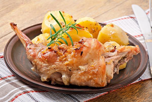 images_1542017_kouneli-ston-fourno-me-patates-chefoulis.gr_.jpg