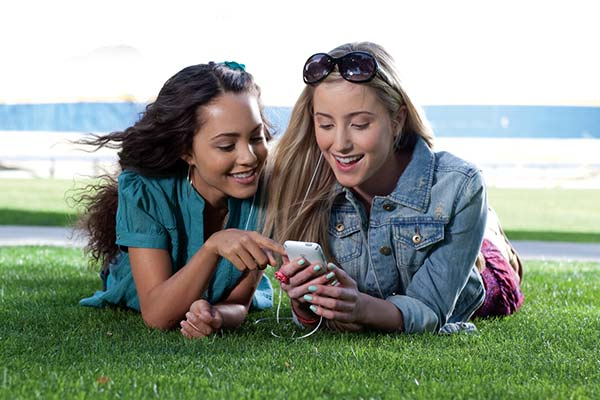 images_1942017_2_teenagers-and-oral-health.jpg