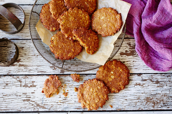 images_2342017_Healthy-Baker-Chia-Anzac-Biscuits-2.jpg