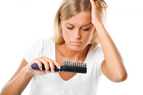images_2942017_2_woman-hair-loss-600x400.jpg
