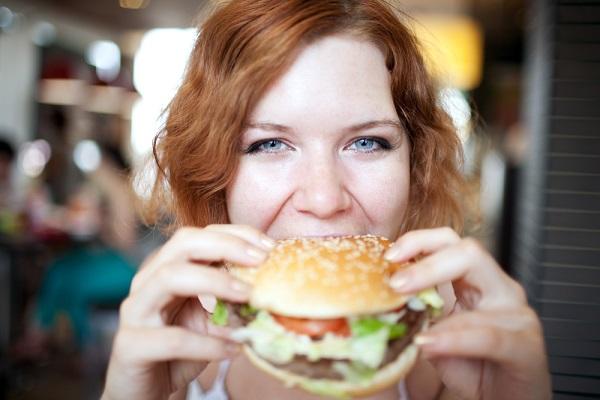 images_332017_3_woman-eating-burger.jpg