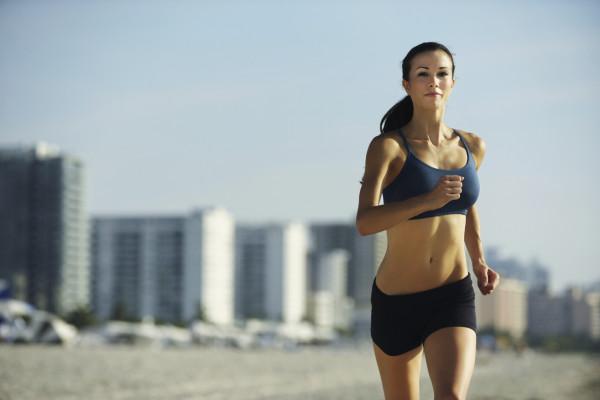 images_152017_Girl-Running-on-Beach-600x400.jpg