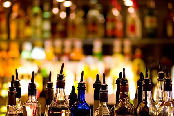 images_1852017_alcoholic-drinks.jpg
