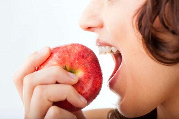 images_252017_2_International-Eat-an-Apple-Day-e1442363857760.jpg
