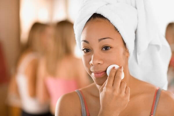 images_352017_get-rid-of-body-acne-scars.jpg