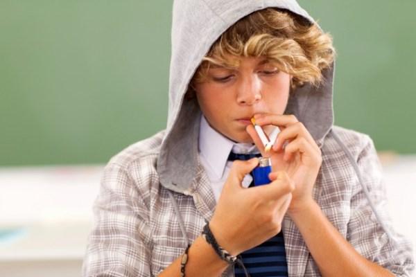 images_1962017_2_teen-boy-lighting-cigarette-Credit-iStock-174353876-e1384444417177.jpg
