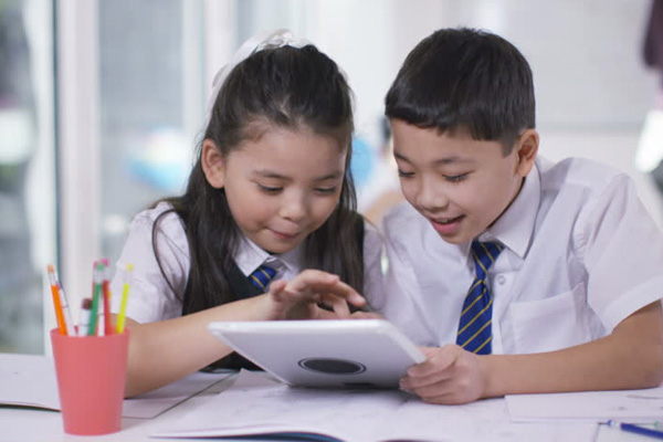images_2362017_boys-girls-school.jpg