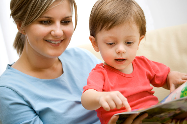 images_2962017_mother-reading-to-child.jpg