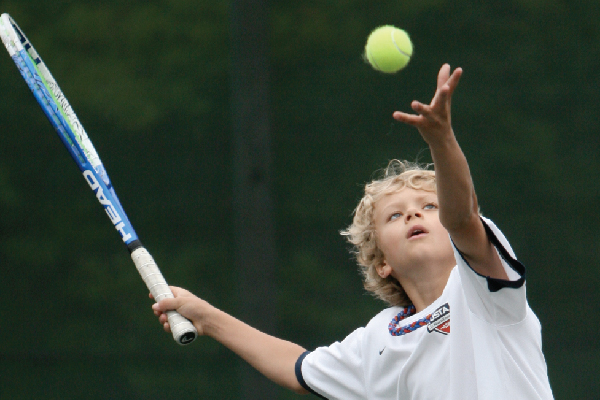 images_2772017_boy-tennis-bucket.jpg