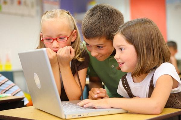 images_2082017_kids-laptop-fun.jpg
