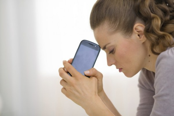 images_3182017_2_Cellphone-stressed-woman-Thinkstock.jpg