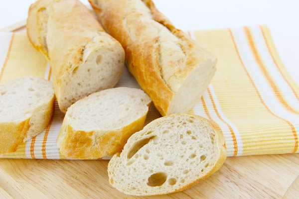 images_1492017_gluten-free-french-bread-180306_14331.jpg