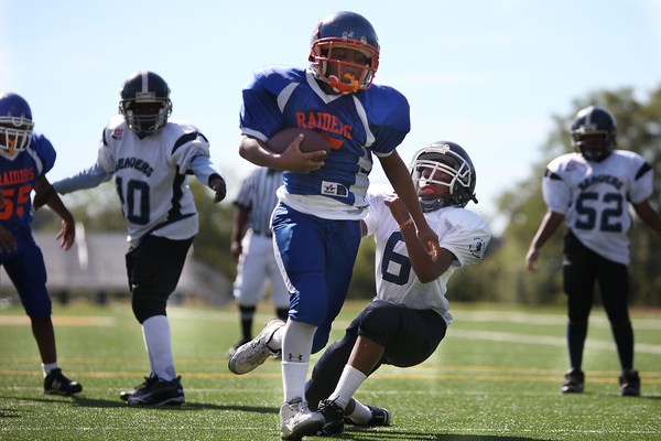 images_1592017_kids-football2.jpg